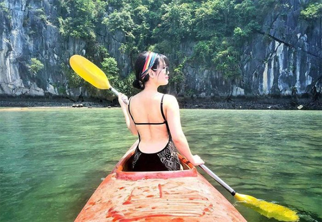 What to prepare for Halong Kayaking Tours?