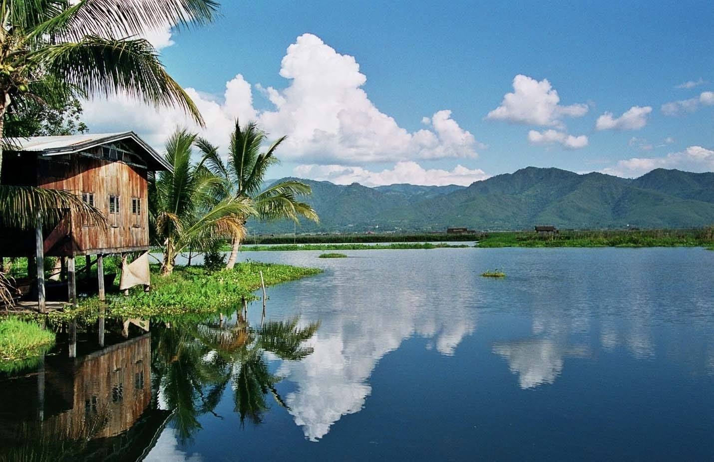 Spend Your Myanmar Holidays in the Heaven of Inle Lake