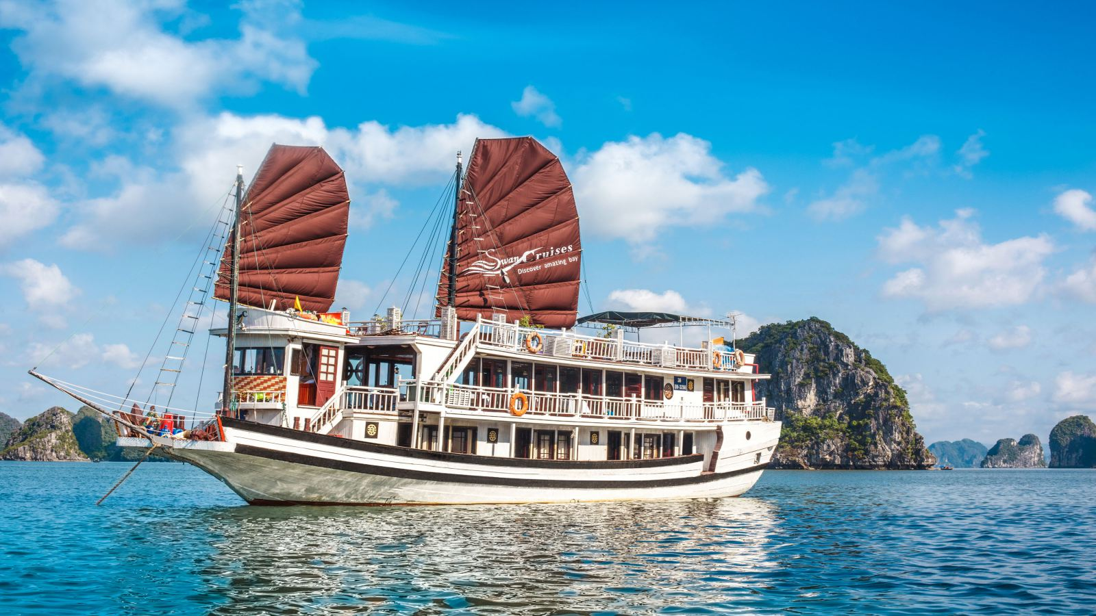 TIPS FOR CHOOSING THE BEST HALONG BAY CRUISE TOUR