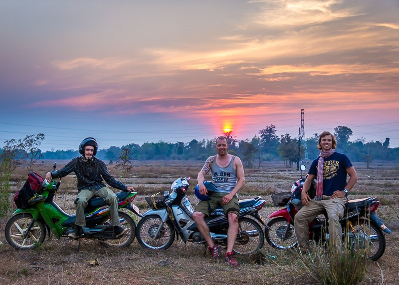 Thinking of Your Style and Choose the Right Motorbike for Vietnam Adventure