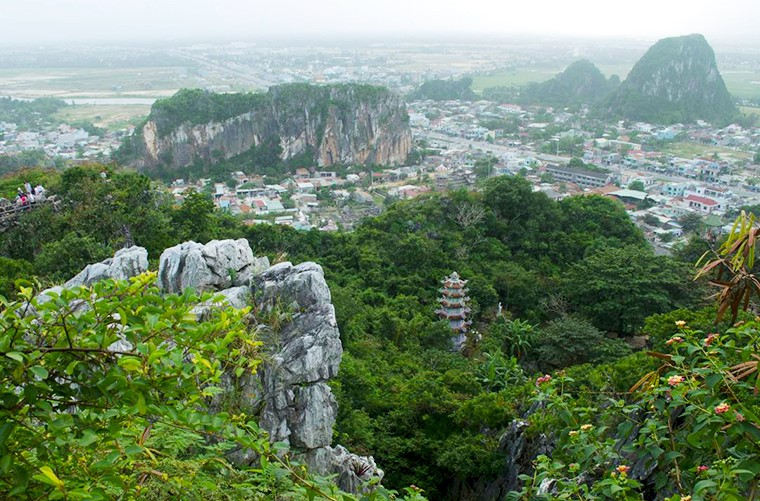 Top 5 Beautiful Spots of Da Nang You Should Explore on Your Vietnam Tours