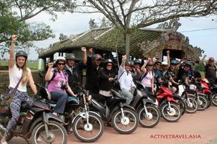 Motorcycling Hue to Hoi an
