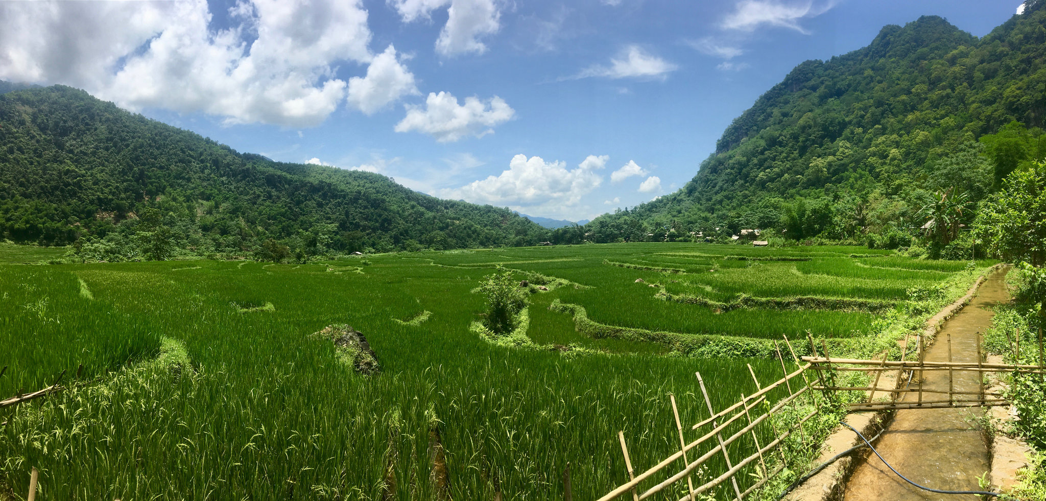 Un-touching trail in Mai Chau in 2days (down trek)