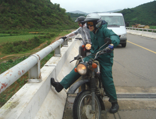 Motorcycle Ho Chi Minh Trail, Hanoi to Hoi an - Half Challenge