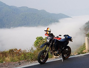 Big Motorbike along China Border: Thailand to Laos