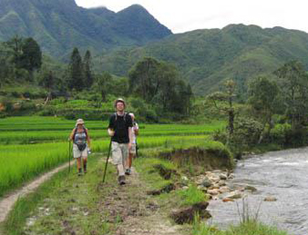 Trek North East Vietnam & Kayak Ba Be Lake